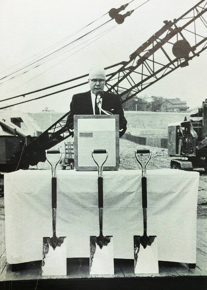 Editor Lee M Woodruff Grand Rapids Press. Groundbreaking ceremony.